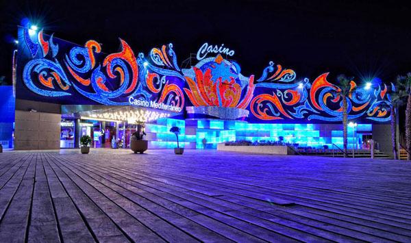 Jugar poker latino online reseña de casino Alicante-395093