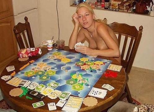 Juego revisa estrategias como jugar 21 en casa-604755